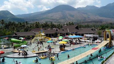Wisata keluarga Taman rekreasi dan kolam renang Cipanas