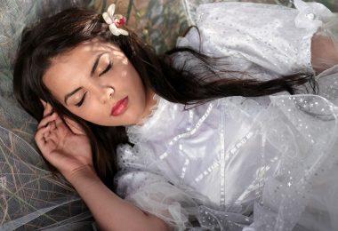 Cara-Mengatasi-Tidur-yang-Berlebihan