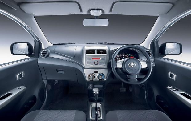 interior design mobil agya