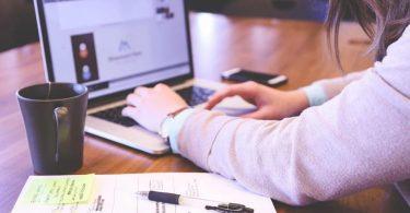 Kapan-Saat-yang-Tepat-Perusahaan-Menggunakan-Software-HR