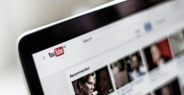 Cara Menghilangkan Iklan YouTube di HP dan Komputer